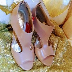 Dex flex comfort heels
